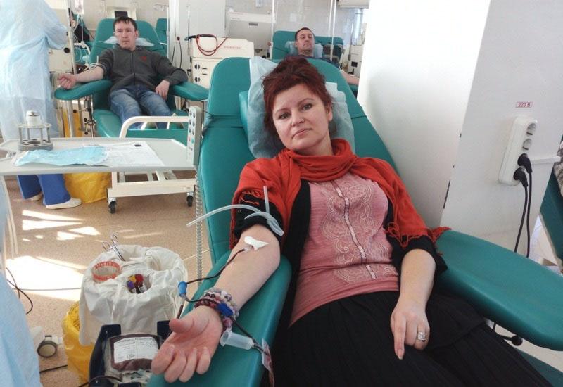 «Региональный банк крови в предпраздничный день 183 южноуральца пополнили положительными группами