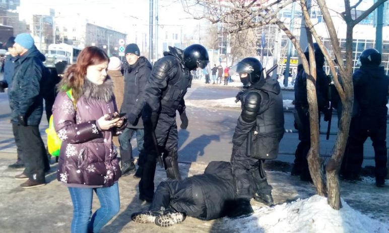 В региональном полицейском главке озвучили цифру задержанных в двух крупнейших города региона на