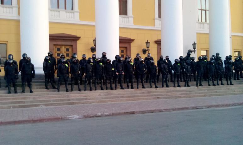 Уполномоченный по правам человека Юлия Сударенко назвала число задержанных на акции протеста в Че