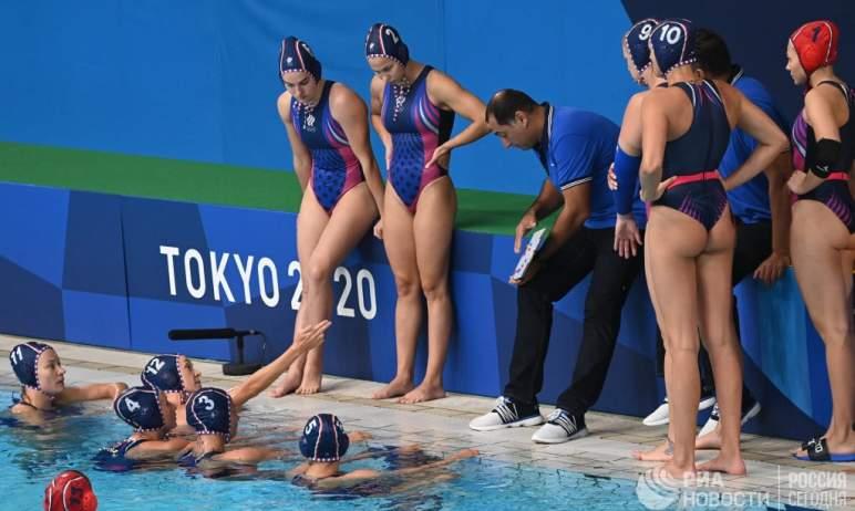На Олимпийских играх в Токио завершился групповой этап турнира по водному поло среди женских кома
