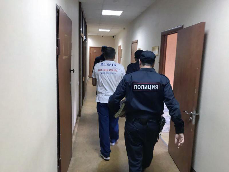 В Челябинске экс-тренер детско-юношеской спортивной школы подозревается в присвоении более одного