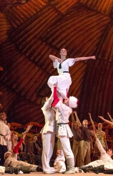 Сегодня, 11 октября и завтра днем и вечером в Челябинске в театре оперы и балета имени Глинки сос