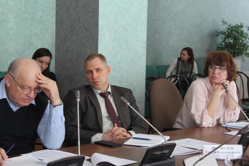 Сегодня, 23 апреля, Общественная палата Челябинской области провела круглый стол, на котором затр