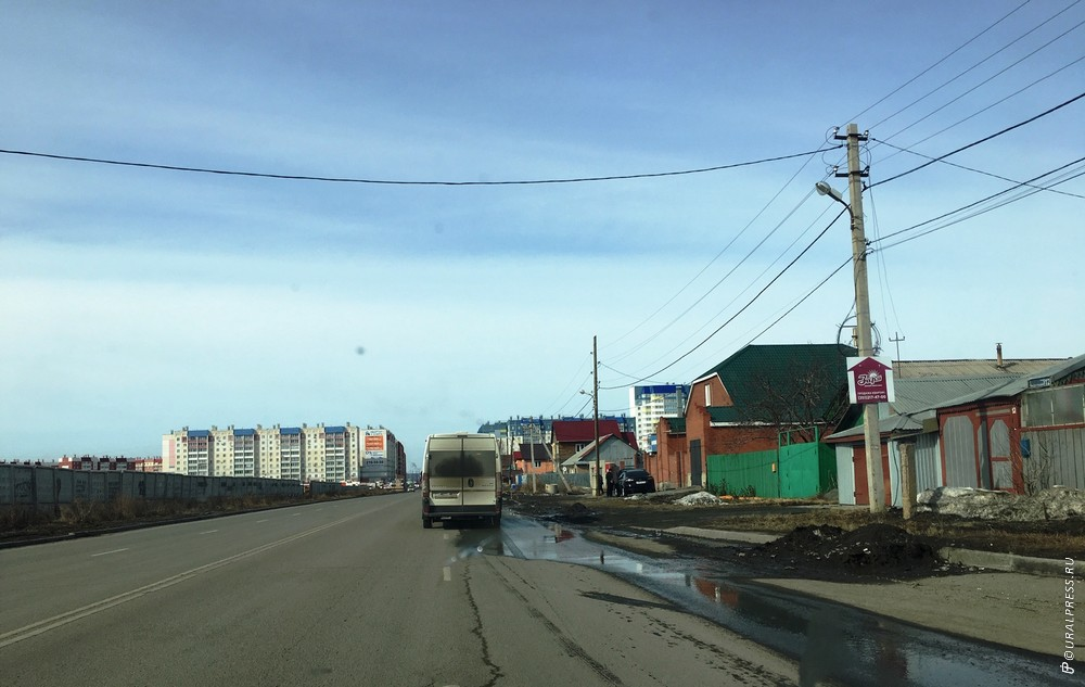 [[FIELD:GALLERY2]] В Челябинске активными темпами идет застройка микрорайона Чурилово. Судя по ши
