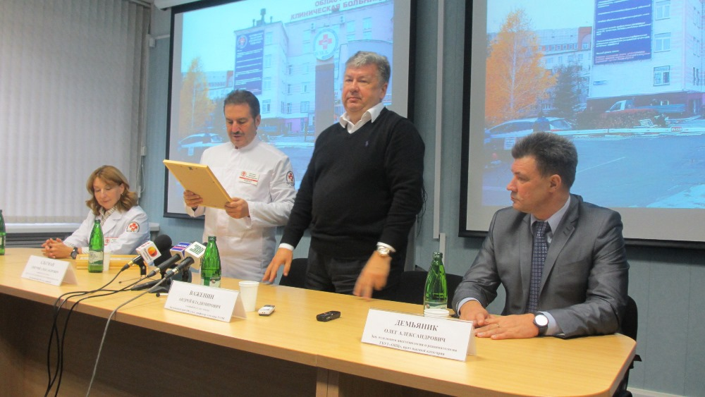 Всего в конкурсе принимали участие 135 докторов со всех регионов России. Отбор проходил сначала в