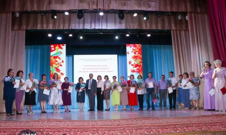 В Еткульском районе Челябинской области вчера, 29-го августа, состоялась традиционная августовска