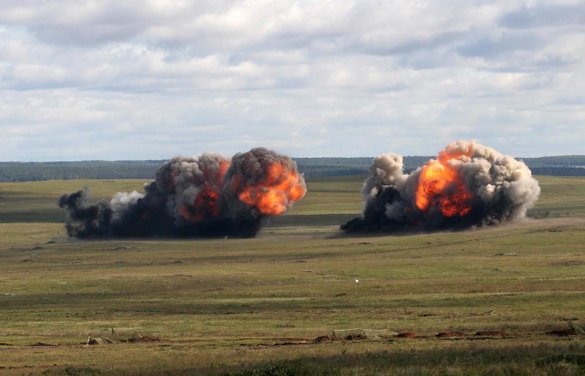 По сообщению издания, во всеармейском танковом биатлоне примут участие более 20 лучших российских