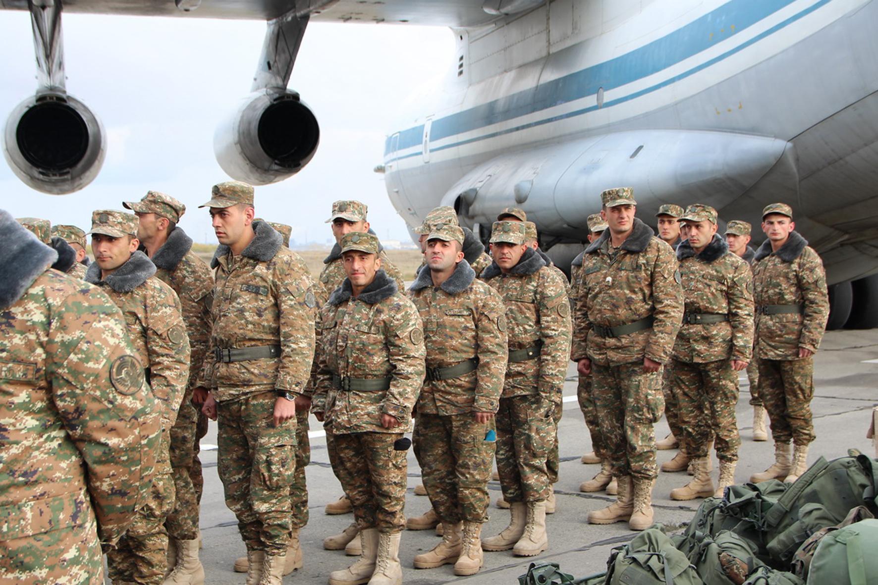 Как рассказал корреспонденту агентства «Урал-пресс-информ» помощник командующего ЦВО Ярослав Рощу
