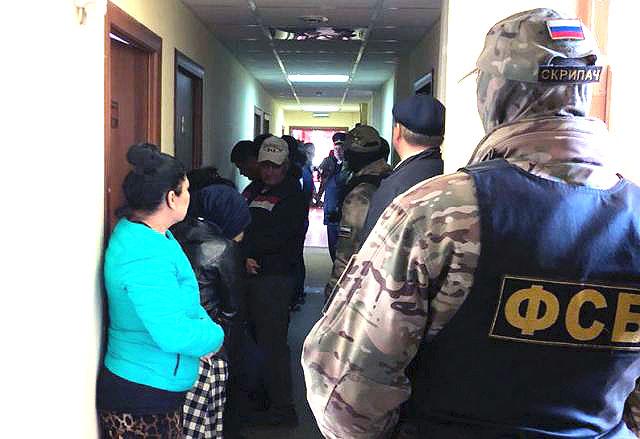 В челябинской гостинице «Амрита» силовики задержали дюжину иностранных нелегалов. Предупре