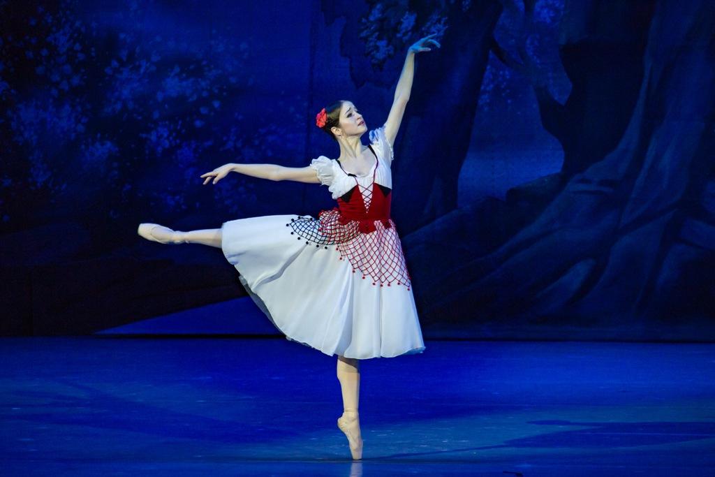 Столичные жители раскупили все билеты на спектакли челябинского театра оперы и балета «Кармина Бу