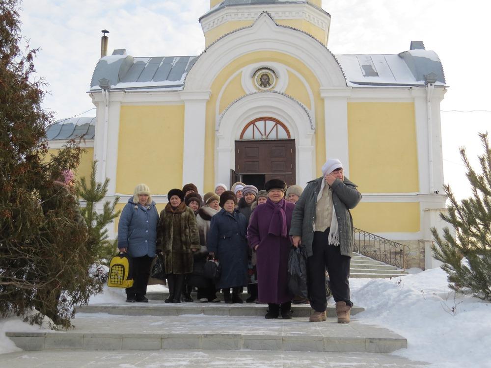 Последняя поездка посетителей отделения дневного пребывания граждан пожилого возраста и инвалидов