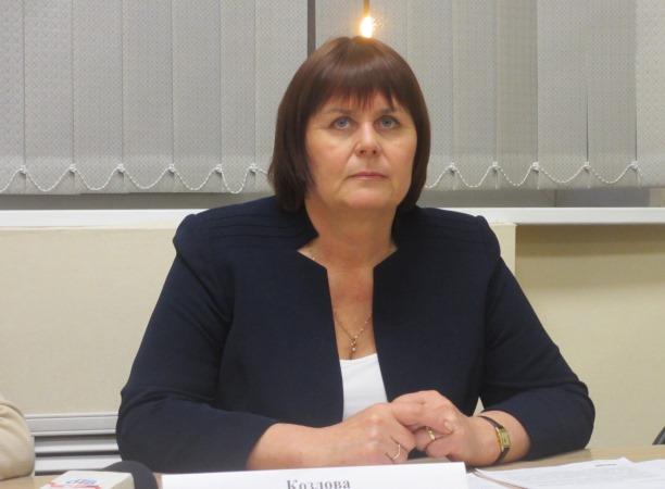 По ее словам, снижение розничных цен на автомобильное топливо в Челябинской области, обусловленно