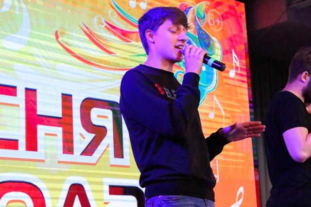 В Челябинске в финал конкурса «Песня города-2018» вышли 25 исполнителей. Как сообщили аге