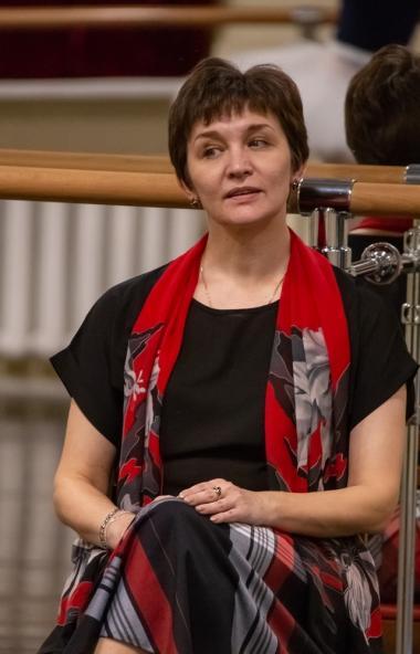 Звезда российского балета Надежда Грачева делится своим мастерством с артистами челябинского теат