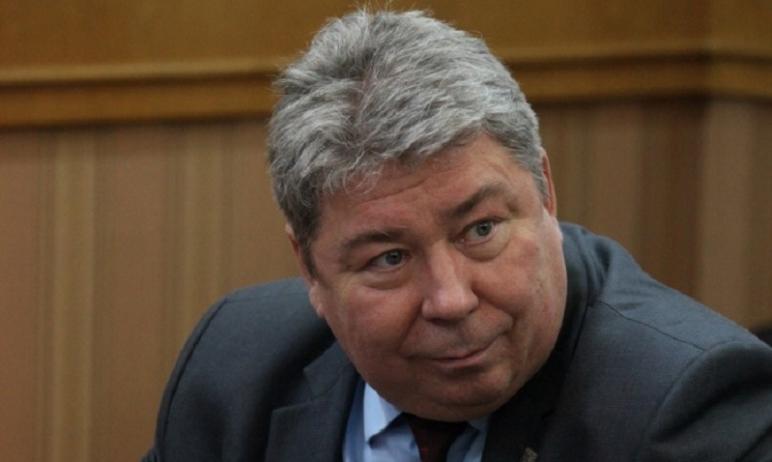 В Челябинске вчера, 13 июля, прошли обыски у управляющего региональным отделение ПФР Викт