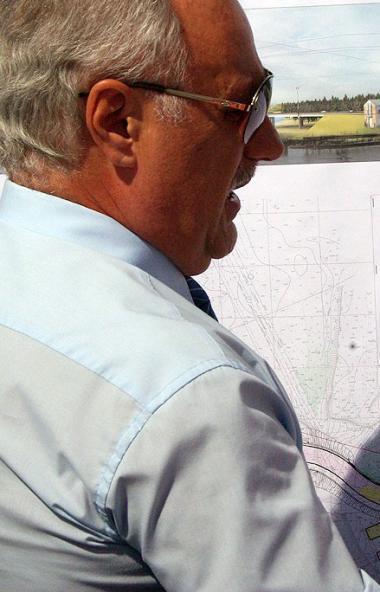 Работы по реконструкции аварийного путепровода в районе предприятия «Мечел-Кокс» Челябинского мет
