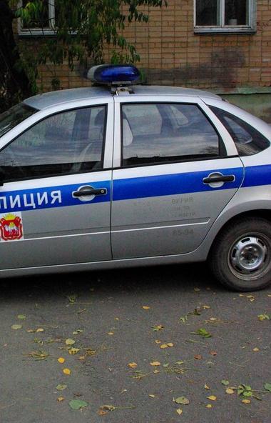 Жительница Челябинска обвинила полицейских, что они нашли ее угнанный автомобиль, но ничего не пр