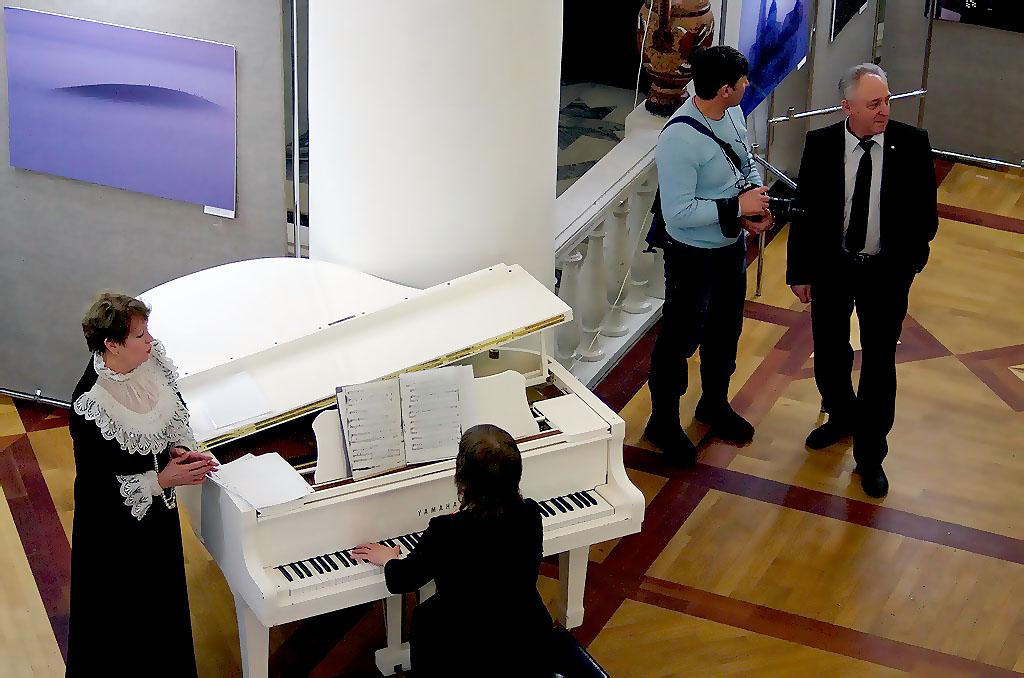 76 музыкальных школ Челябинской области получат новые пианино. В течение года в каждую Минпромто