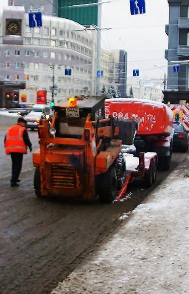 У компании «Южуралмост», которая сегодня отвечает за уборку улиц Челябинска и использует в своей