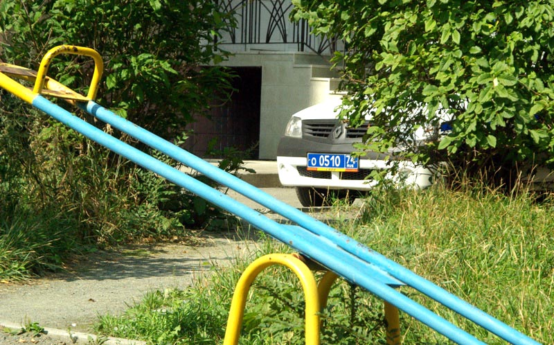 В Челябинске четырехлетний малыш сбежал из детского сада. Одиноко блуждающего ребенка обнаружили