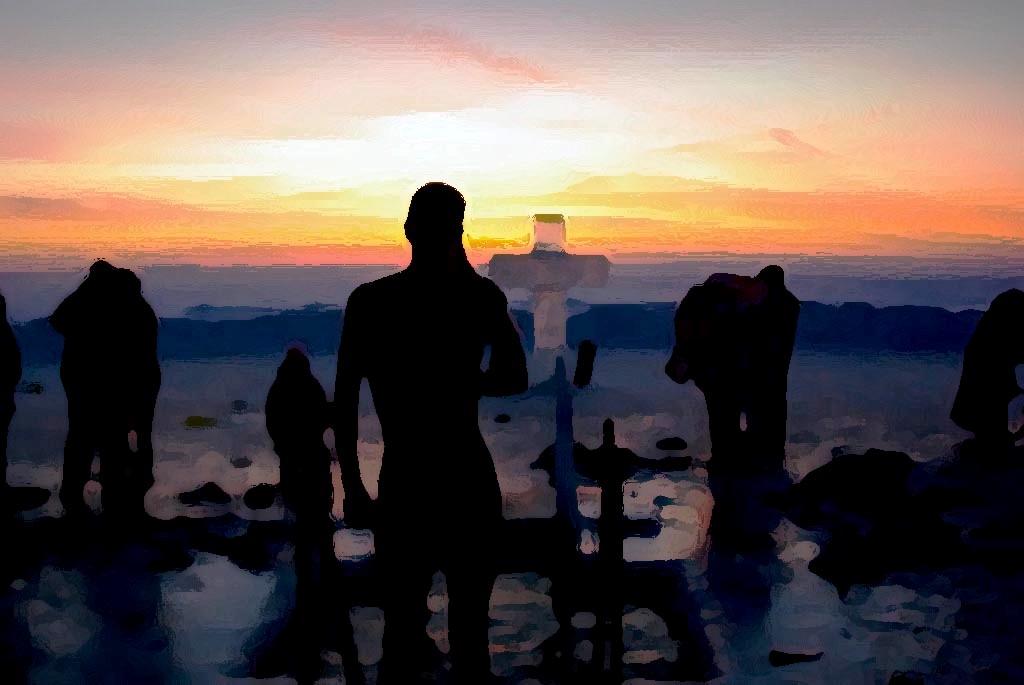 После литургии, верующие выйдут из храма крестным ходом, и владыка Никодим освятит воды озера Смо