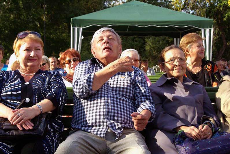 Как отметил глава города Евгений Тефтелев, перед тем как приглашать в Челябинск артистов, власти
