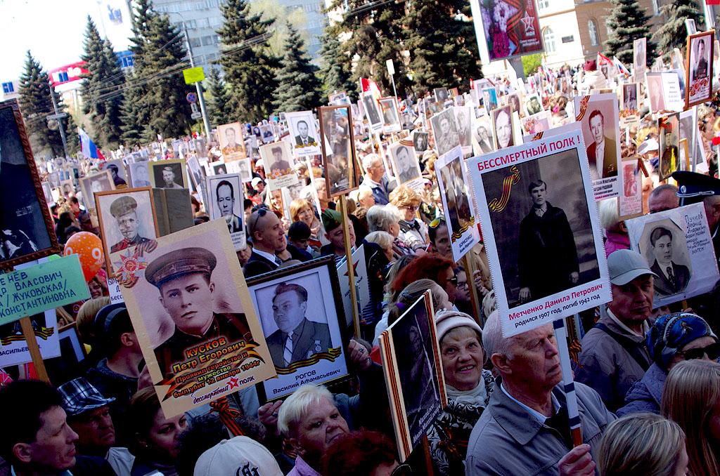9 мая В Челябинске закроют движение транспорта. Автомобилистов просят планировать свои маршруты з
