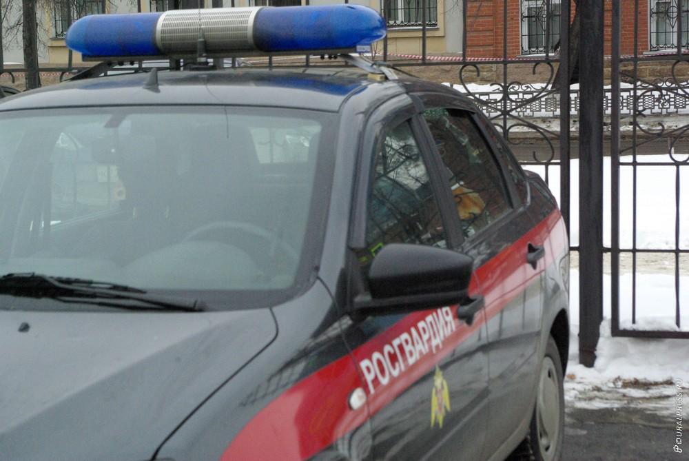 В Росгвардии рассказали подробности разборок со стрельбой в Магнитогорске. Стрелявший сдался. Пос