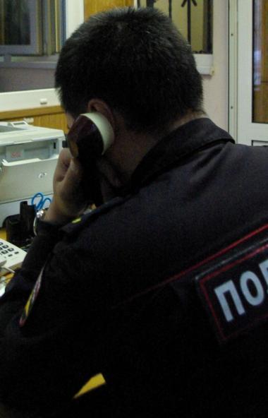 Полиция Златоуста (Челябинская область) ищет мошенника, который расплачивается в магазинах липовы