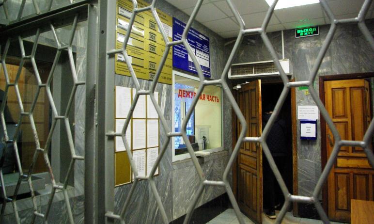 В Челябинске задержан мошенник, который убедил старушку, что в период распространения коронавирус