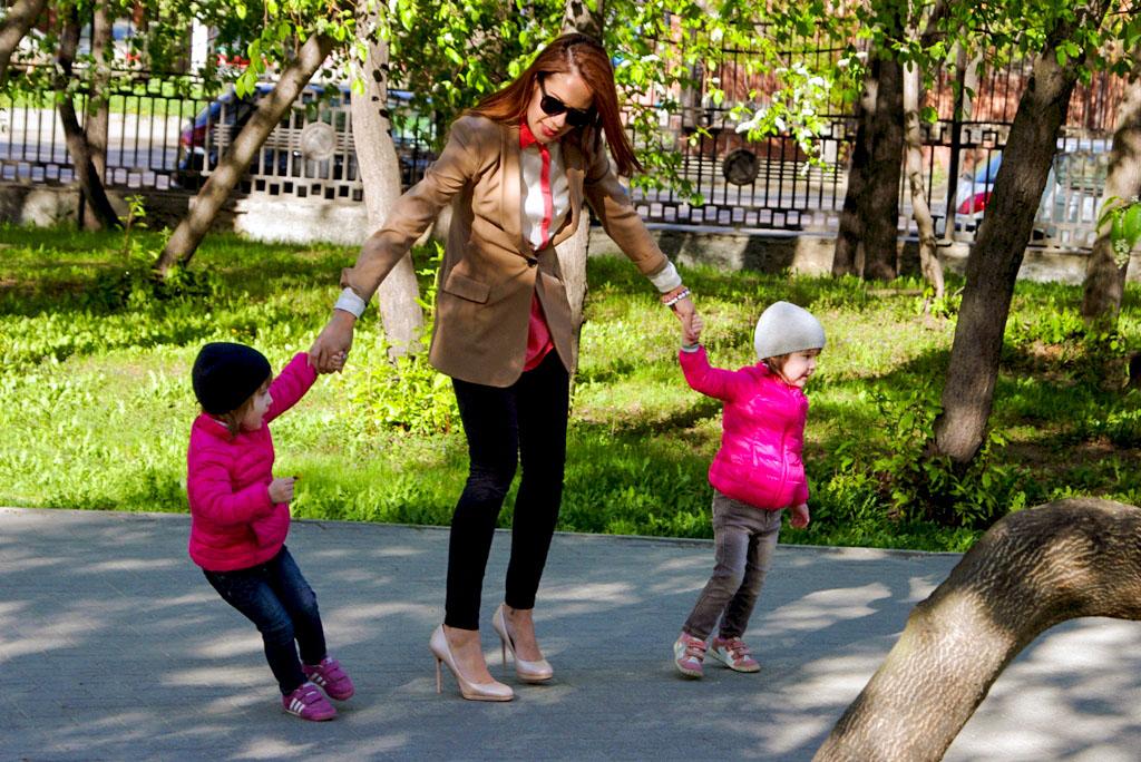 Выставку «Материнство и детство» условно можно разделить на три составляющие – медицинский раздел