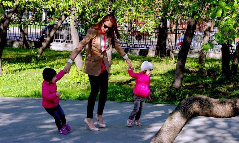 В Челябинской области утверждены новые правила назначения пособия для малообеспеченных семей на д