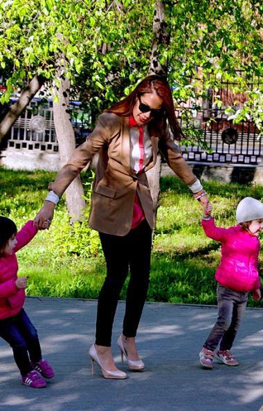 До окончания приема заявлений на получение ежемесячных выплат на детей до трех лет и единовременн