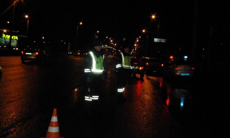 Сотруднику полиции Челябинска предъявлено обвинение в нарушении правил дорожного движения, в резу