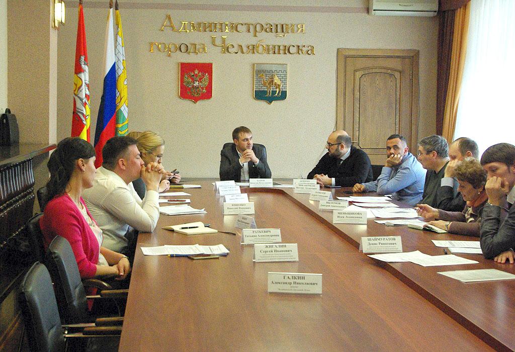 Общественная палата Челябинской области намерена навести порядок с адресными табличками в столице