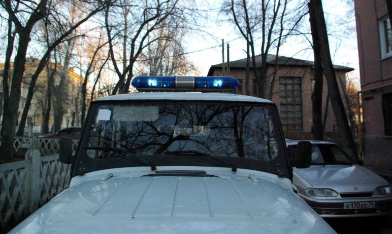 В мировой суд Челябинска пришел дебошир и перепугал судей. Его задержали, на место вызвали бригад