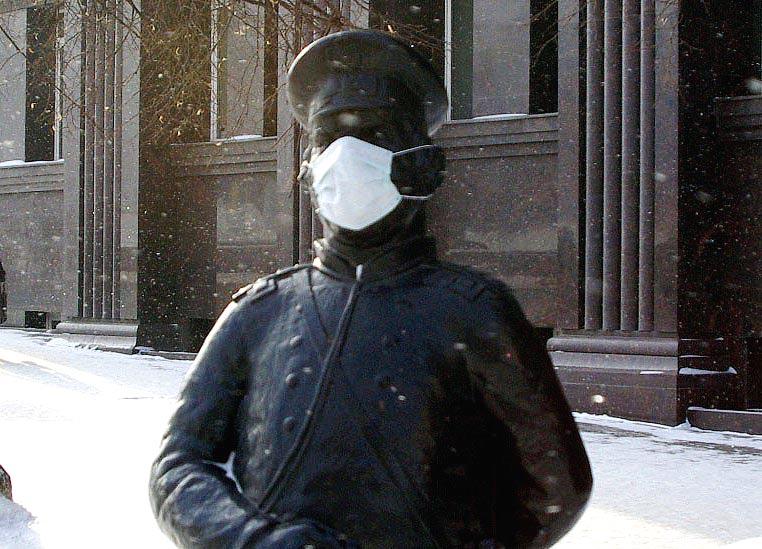 Ругались матом и нападали: в Челябинске двоихсотрудников ППС обвинили в том, что они устроили пь