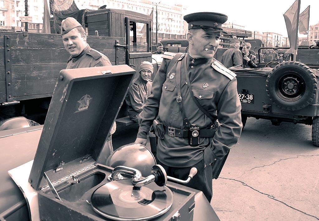 На главной площади города состоится. торжественное построение Челябинского военного гарнизона в ч