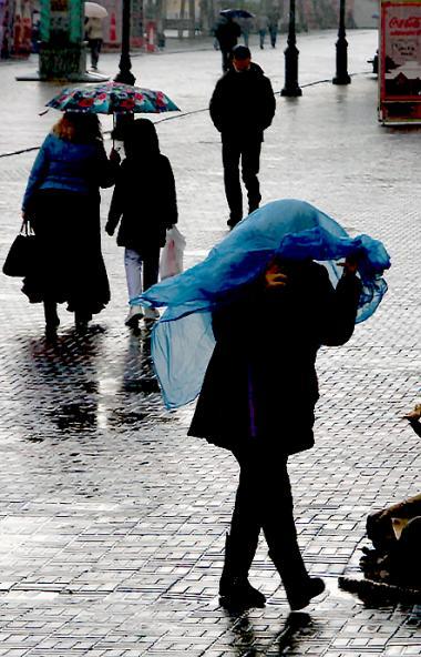 Жителей Челябинской области предупреждают об ухудшении погодных условий – усиление ветра, дожди и