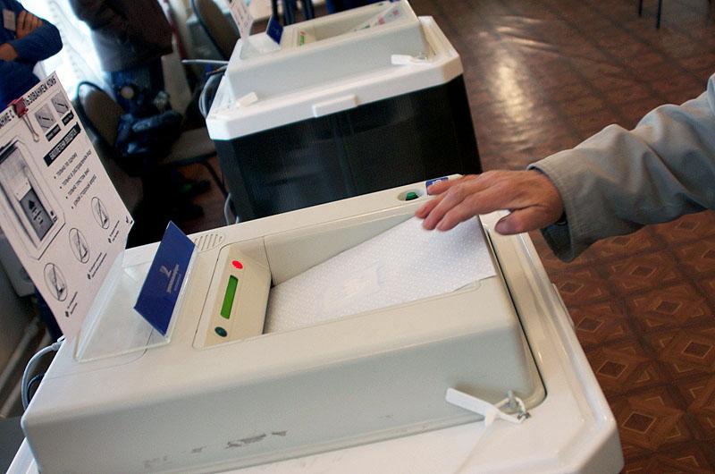В законы о выборах депутатов Законодательного собрания Челябинской области и о муниципальных выбо