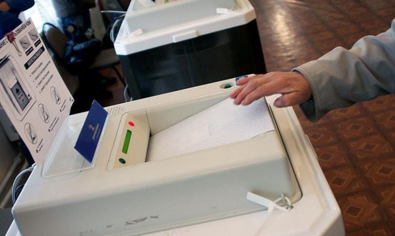 В Челябинске с выборов в Госдуму снялись два кандидата от партии «Коммунисты России». Речь идет о