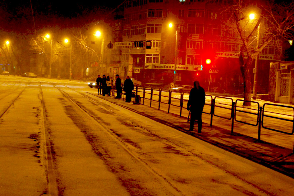 Практически по всей территории Челябинской области установился временный снежный покров. К