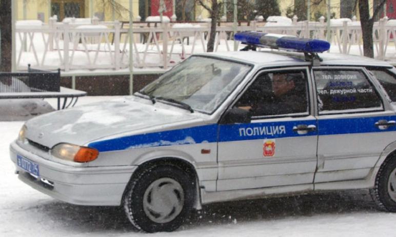 Полиция Миасса (Челябинская область) разыскивают водителя, который сбил 11-летнего мальчика, и ск