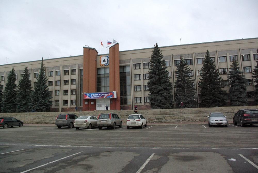 О вводе жилья в Магнитогорске в текущем году и перспективах строительства на 2016 год отчитался з