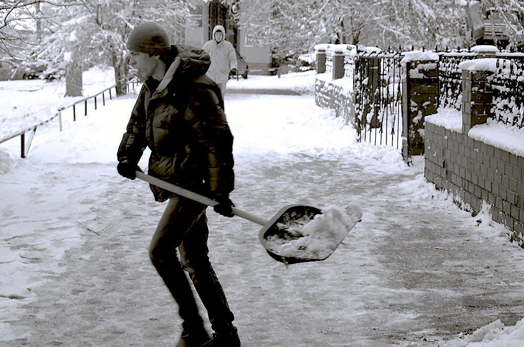 Жители поселка Красное поле (Сосновский район, Челябинская область) ежедневно рискуют своими жизн