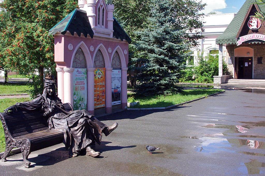 Челябинский театр кукол 8 и 9 сентября приглашён в Москву для участия в фестивале «Цветочный дж