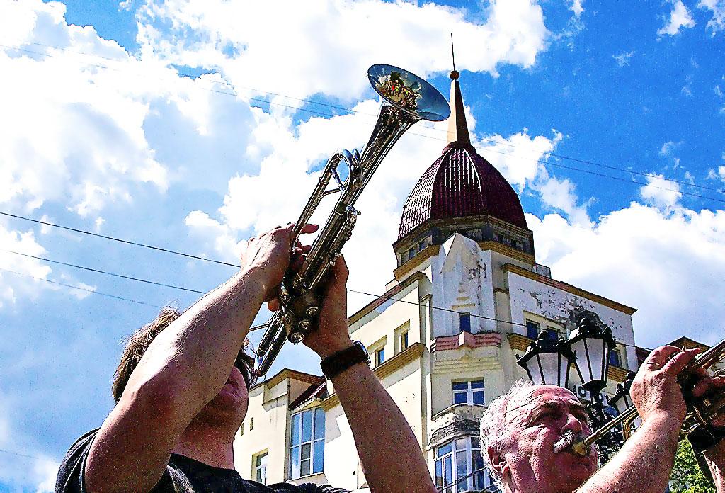 В первые выходные лета - с 1 по 3 июня- в Челябинске стартует грандиозный праздник джаза – междун