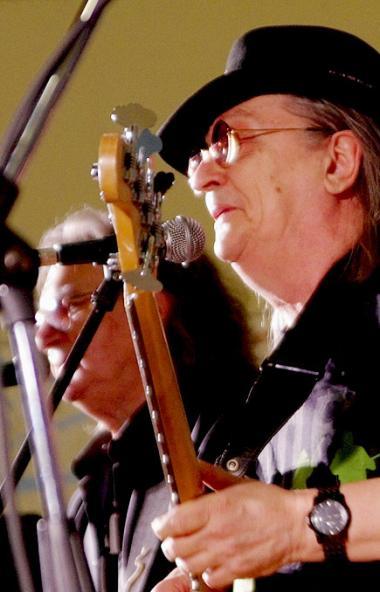 Заслуженный артист РСФСР, бывший руководитель челябинской группы «Ариэль» Валерий Ярушин 9 января