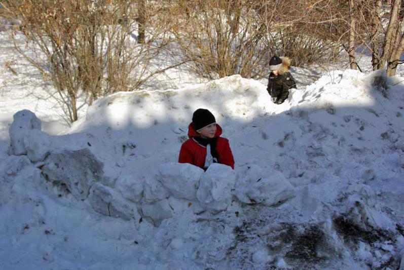 Напомним, челябинские школьники сидят из-за холодов дома уже четвертый день. По прогнозам