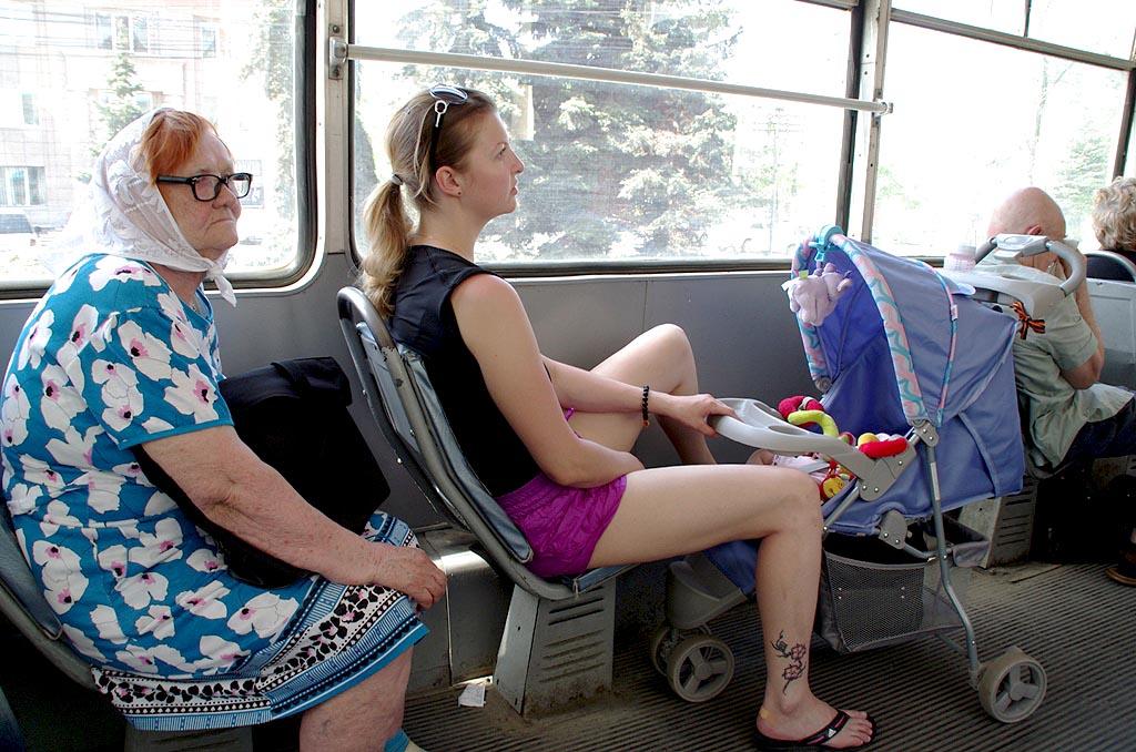 Челябинцы рассказали, каким они видят свой идеальный трамвай: быстрым, теплым и без кондуктора. И